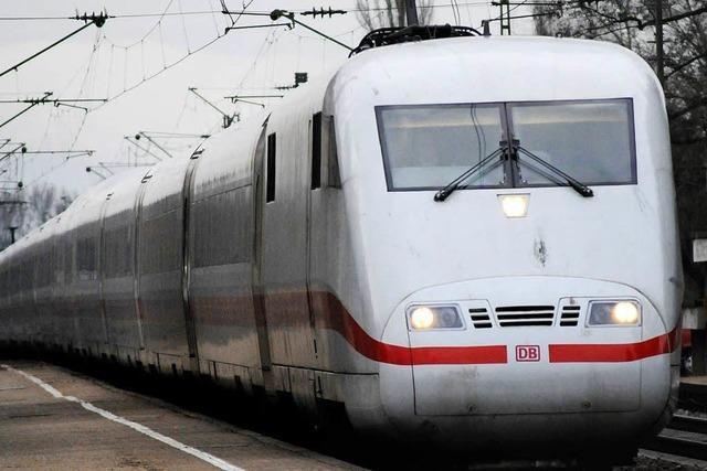 Im ICE nach Freiburg: Schwarzfahrerin macht sich zur Betrügerin