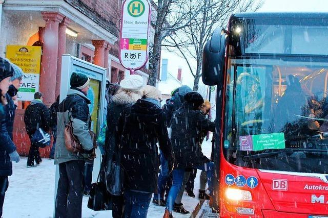Andrang auf Ersatzbusse für die Höllentalbahn ist geringer als gedacht
