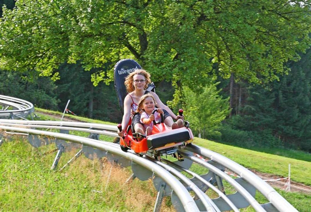 Kreischen auf der Sommerrodelbahn in Gutach.  | Foto: Wiegand Erlebnisberge GmbH