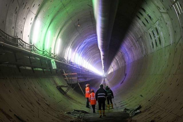 Durch Beton und Stahl: Knochenarbeit am kaputten Rastatter Bahntunnel