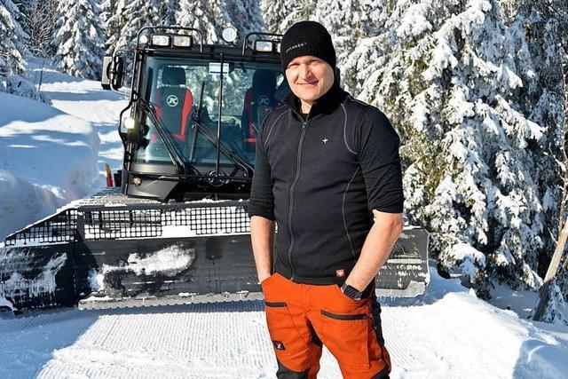 Conny Gröbler präpariert die Loipen rund um den Feldberg