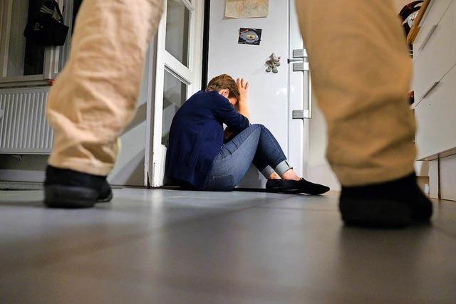 Häusliche Gewalt: Polizei kann Kontaktverbote kaum überwachen