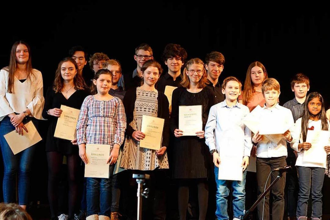 So viele Preisträger...  | Foto: Roswitha Frey