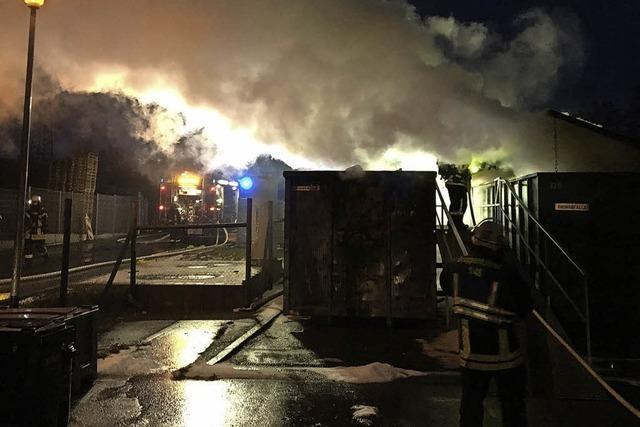 Container in Flammen