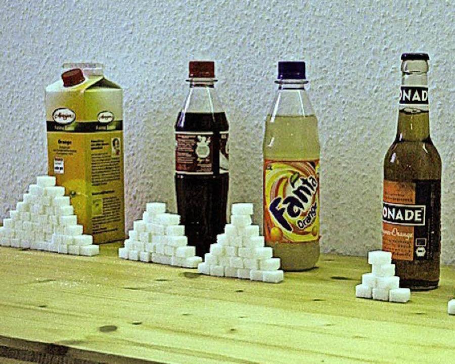 So viel Zucker versteckt sich in diesen Erfrischungsgetränken.  | Foto: Thomas Loisl Mink