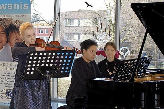 Fürs Konzert trainieren, Schönes hören und Gutes tun