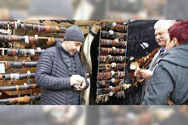 Vielfältiges Warenangebot auf dem Fridlinimarkt