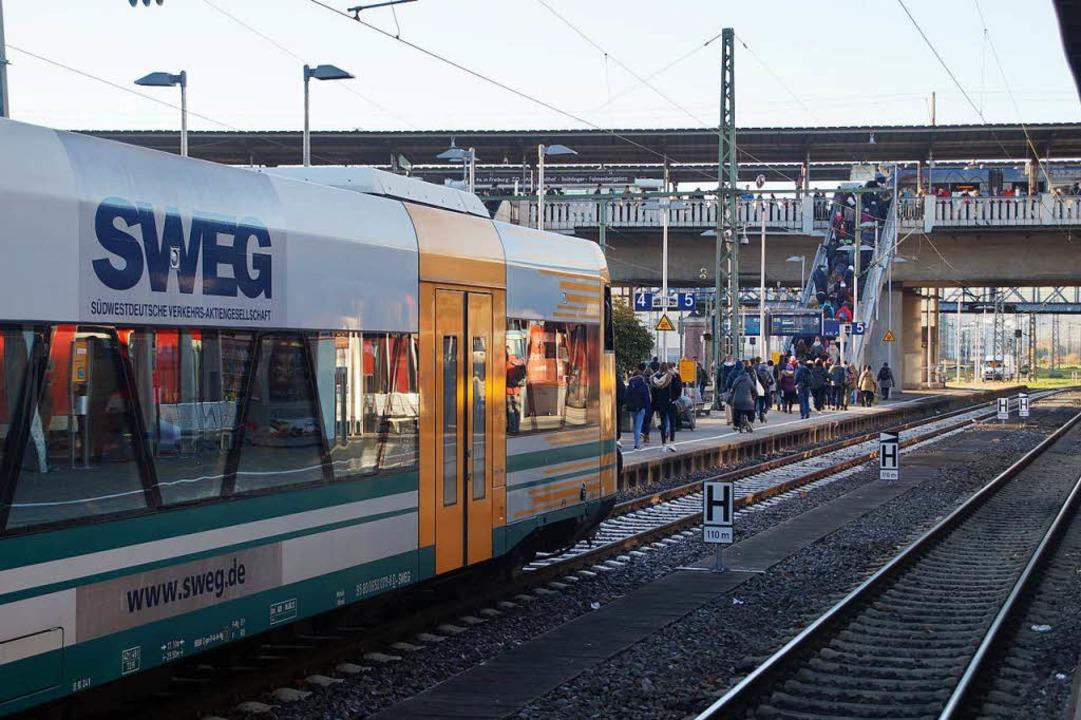 Ein Betrunkener ist am Hauptbahnhof un...für Verspätungen gesorgt (Symbolbild).  | Foto: Sebastian Wolfrum