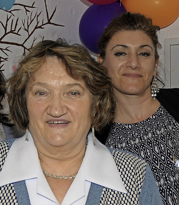 Die Betreuerinnen Valentina Pineker (links) und Yüksel Zerey  | Foto: Regine Ounas-Kräusel