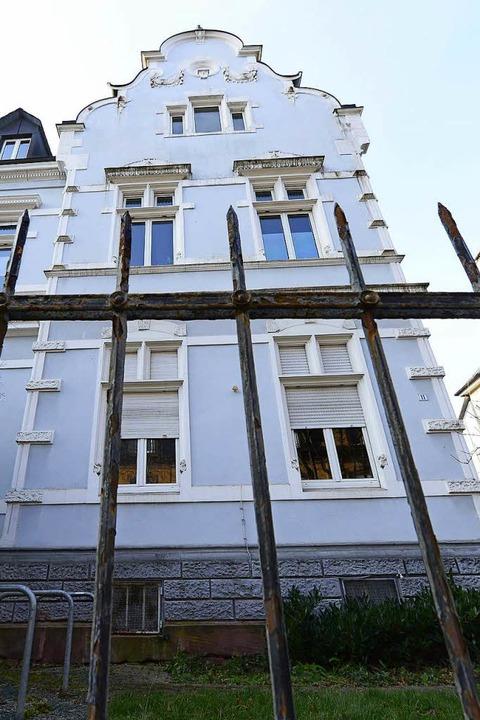 Auch das Gebäude an der  Schwimmbadstraße  gehört der Aroanui GmbH.  | Foto: Ingo Schneider