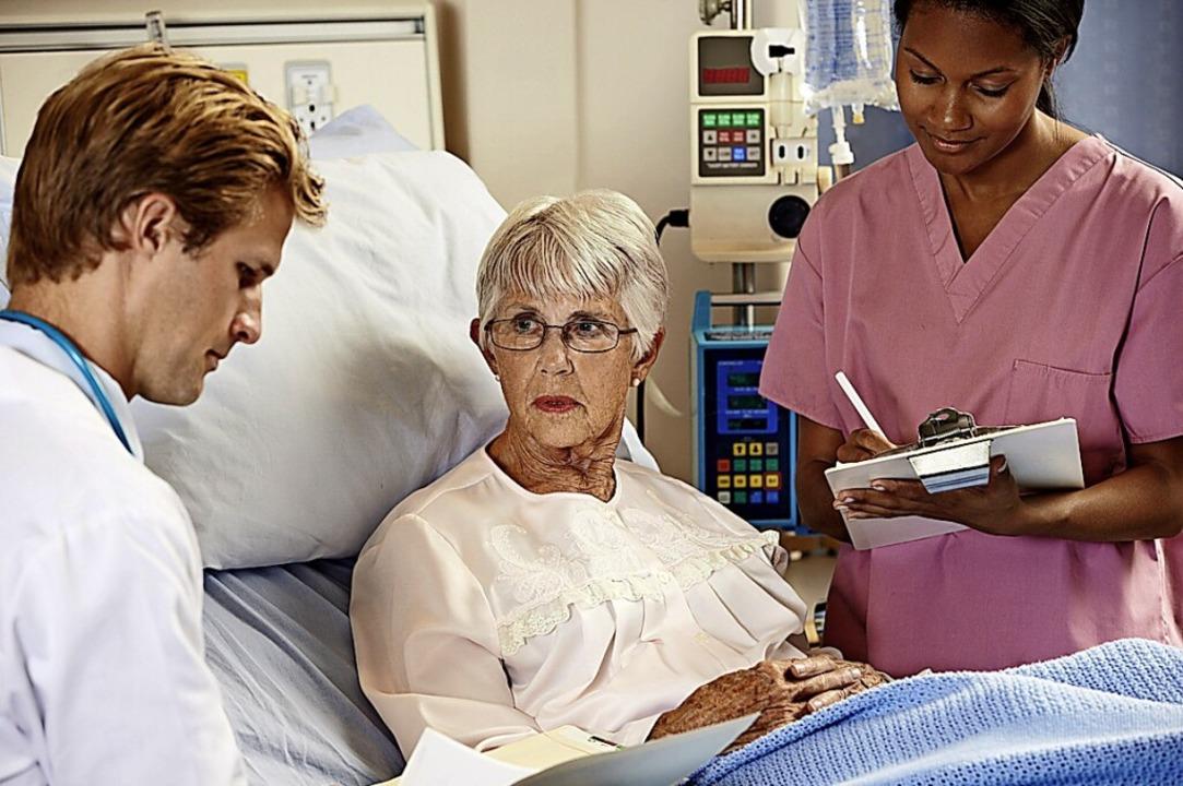Pflegepersonal und Mediziner sollen verstärkt interpersonelle Teams bilden.   | Foto: Cathy Yeulet(Panther-Media)