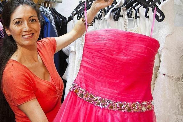 Anita Eble bietet seit zehn Jahren Abendkleider und Accessoires für festlichen Anlässe