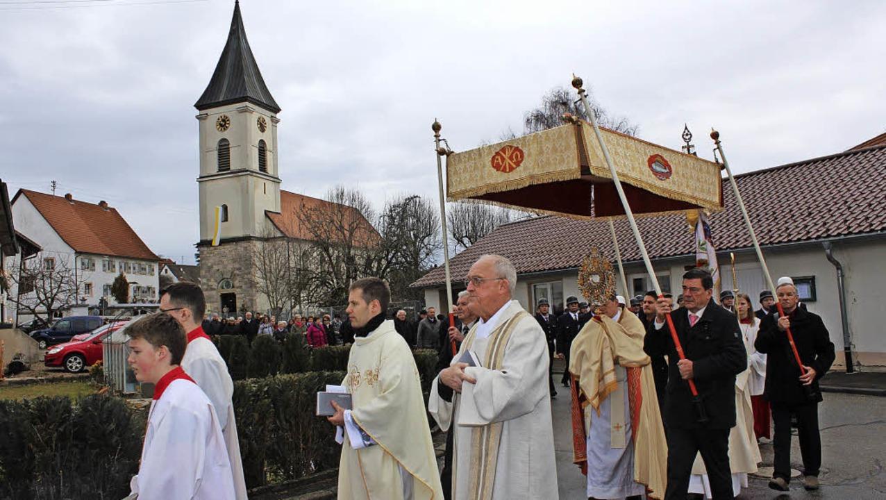 Mit einer Festmesse und anschließender... Diakon Thilo Knöller das Patrozinium.  | Foto: Christa Maier