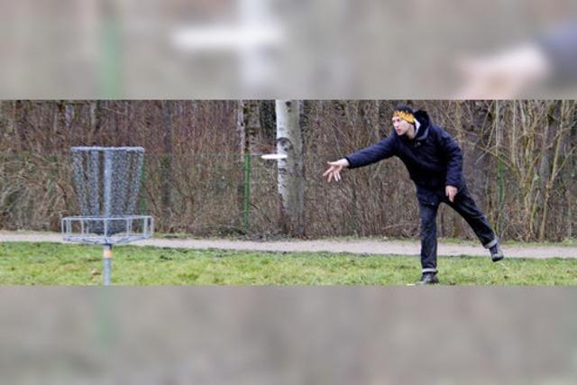 Wenn das Frisbee über den Grüttsee fliegt