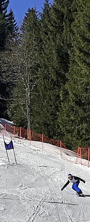 Rasante Abfahrten gab es bei den Ski- ...nowboardmeisterschaften am Notschrei.   | Foto: privat