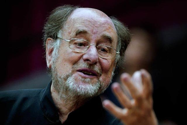 Dirigent Roger Norrington und das SWR-Symphonieorchester in Freiburg