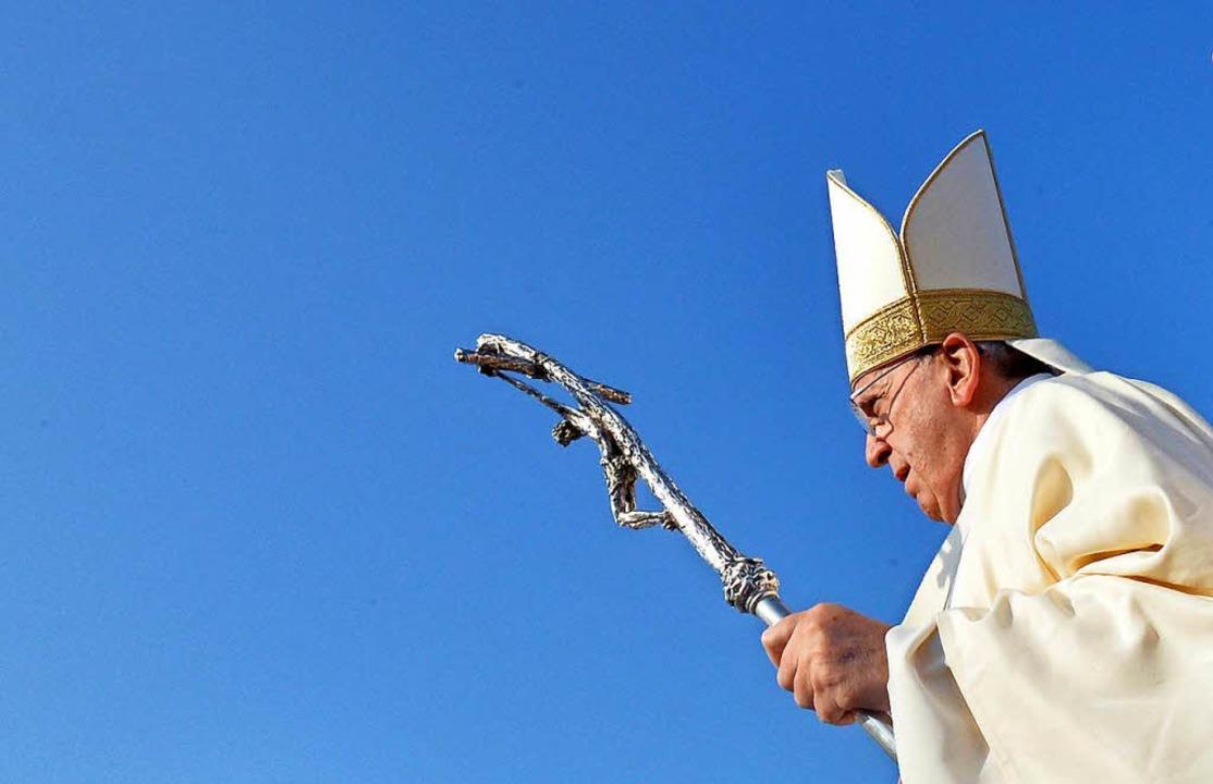 Seit fünf Jahren im Amt: Papst Franziskus  | Foto: dpa