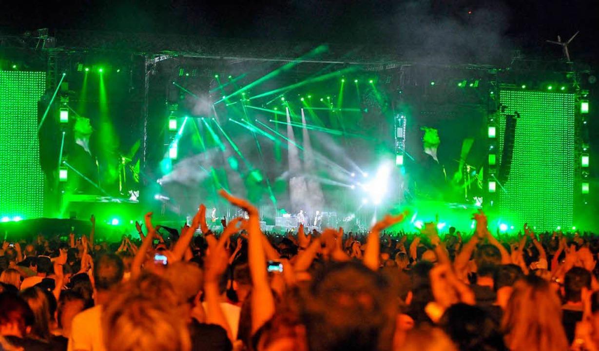 2013 kamen sage und schreibe 50.000 Besucher zum Konzert der Toten Hosen.  | Foto: michael bamberger