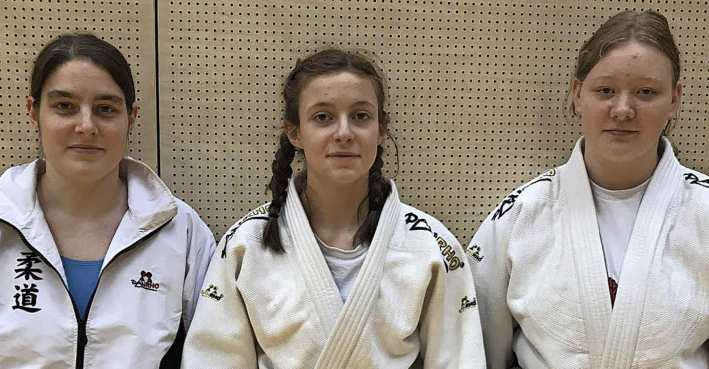 <BZ-FotoAnlauf>Judo:</BZ-FotoAnlauf> E... Piper mit ihrer Trainerin Tina Hauert  | Foto: frey