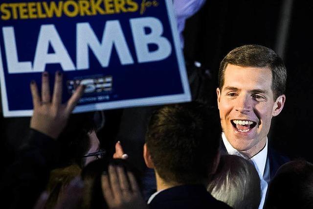 US-Demokrat Lamb bleibt bei Nachwahl in Pennsylvania vorn