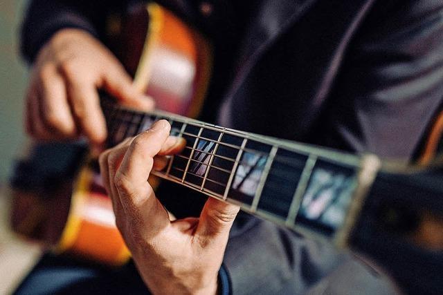 Live-CD-Aufnahme des Gitarristen Andreas Dombert mit seinem Trio im Lörracher Jazztone