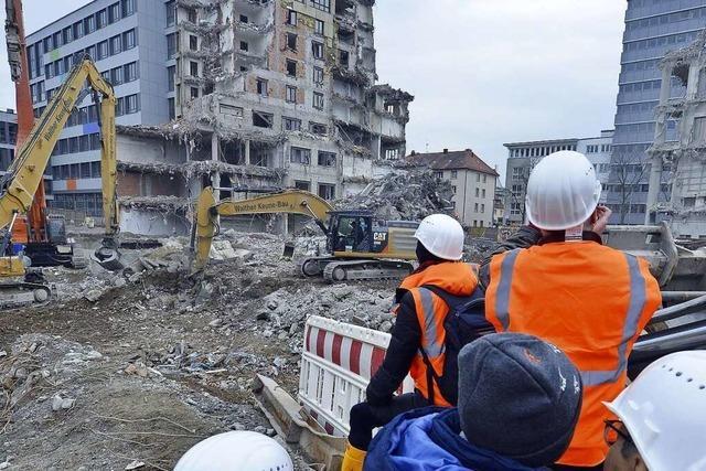 Ein letzter Blick auf das ehemalige Volksbank-Gebäude