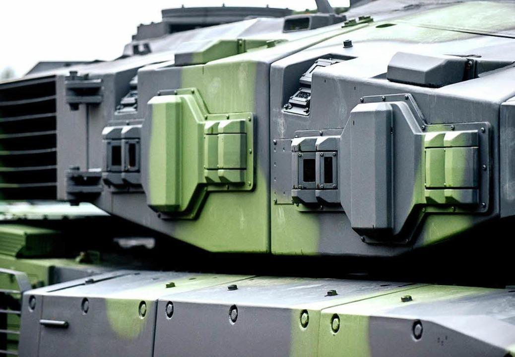 Sollen nachgerüstet werden: Leopard-Kampfpanzer  | Foto: DPA