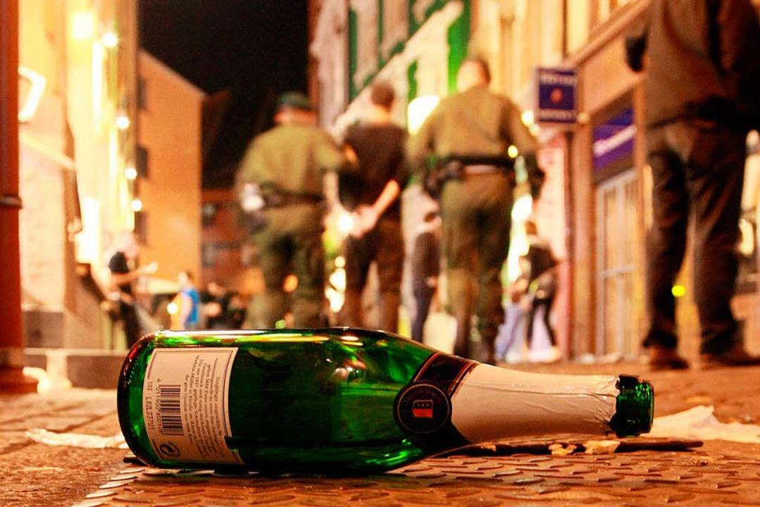 Gleich zwei Feiern in Schopfheim müsse...de von der Polizei abgebrochen werden.  | Foto: dpa