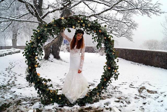 Bräute im Schnee: Erste Hochzeitsmesse auf Schloss Bürgeln