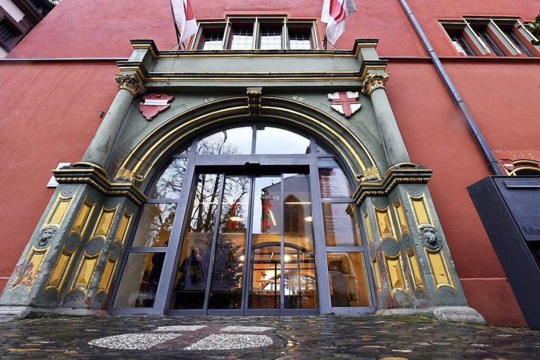Der Eingang zum Alten Rathaus – hier sitzt der Oberbürgermeister  | Foto: Thomas Kunz