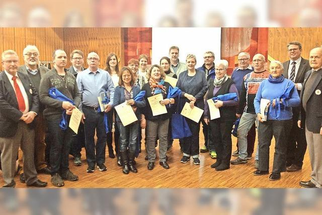 Gemeinde und DRK ehren Blutspender