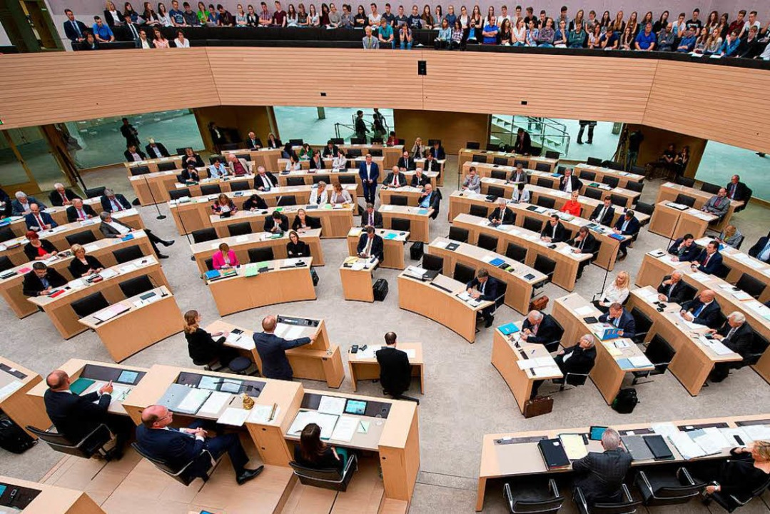 Landtag in Stuttgart  | Foto: dpa