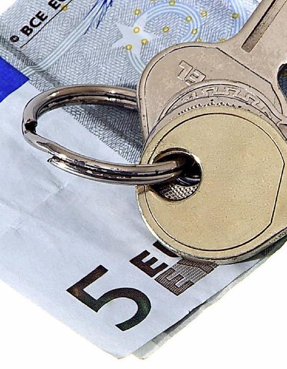 Was bleibt im Geldbeutel, wenn die Miete bezahlt ist?    Foto: adobe.stock.com