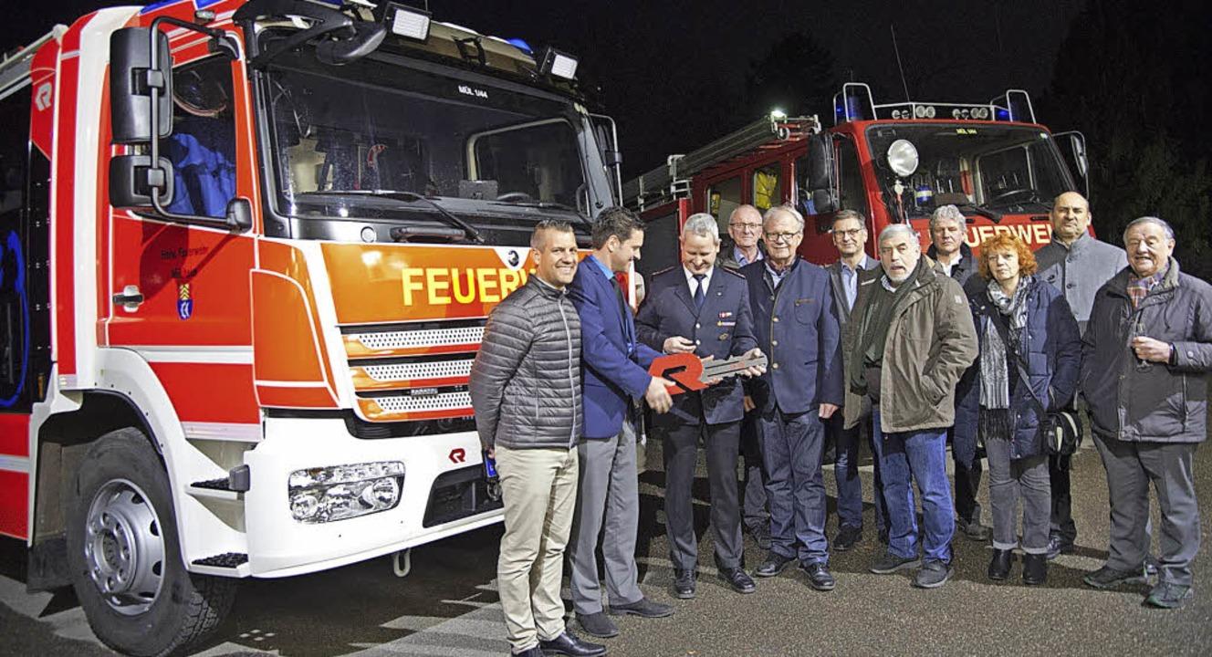 Offiziell an die Feuerwehr übergeben w...r das neue Löschgruppenfahrzeug LF 20.    Foto: Mps