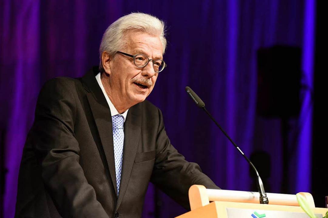 Finanzbürgermeister Otto Neideck bei seiner Abschiedsrede  | Foto: Rita Eggstein