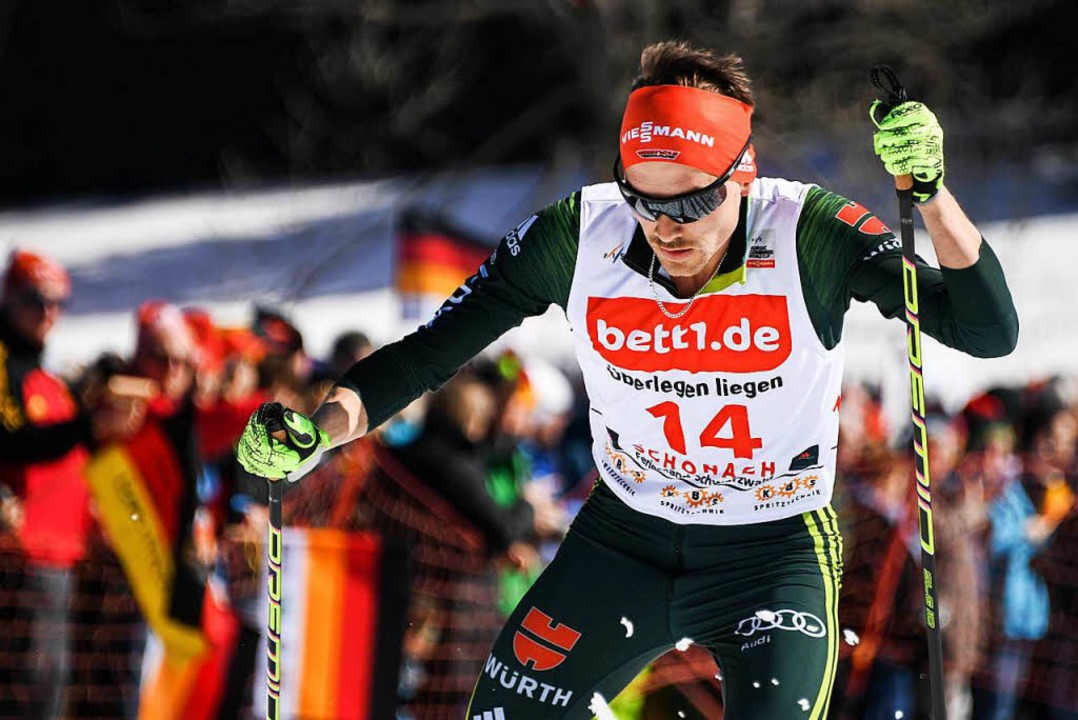 Fabian Rießle belebt beim Heim-Weltcup in Schonach den siebten Rang.  | Foto: dpa