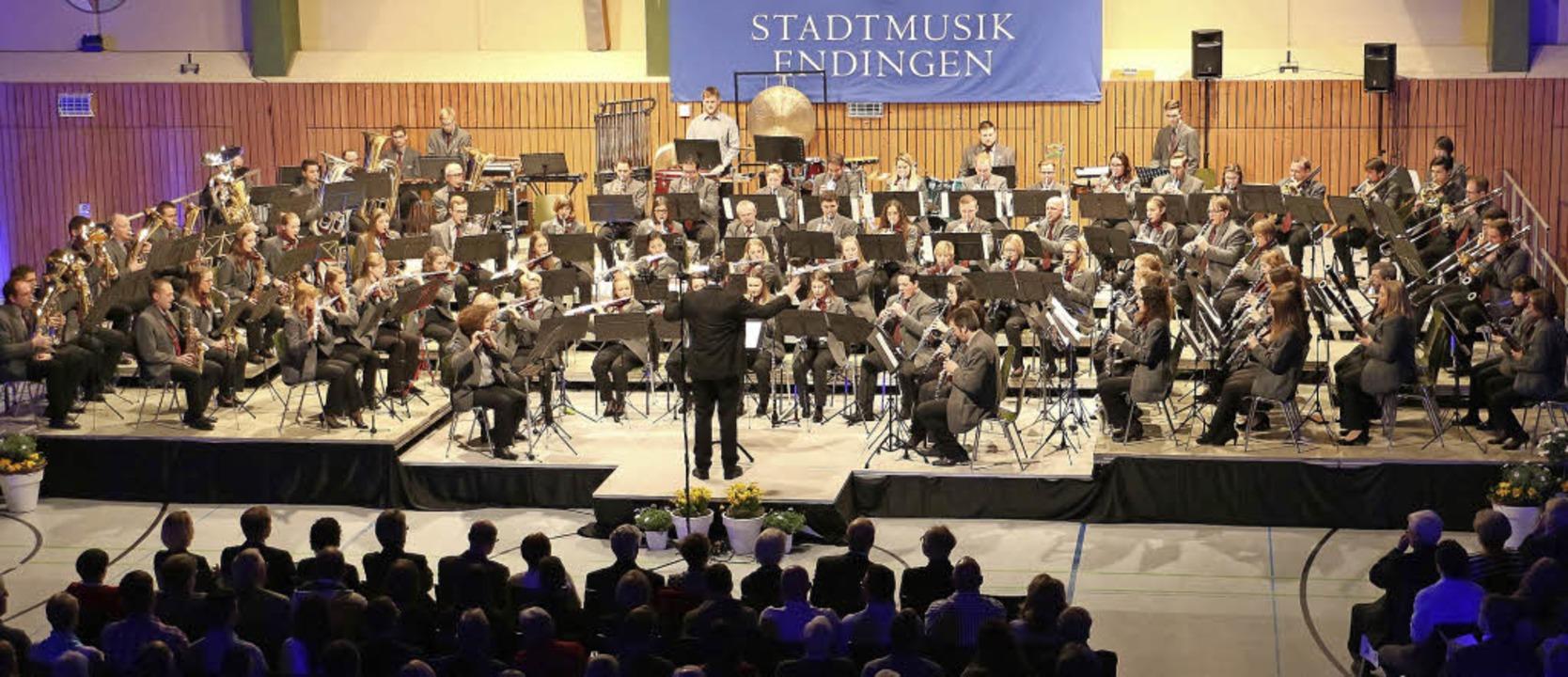 Jahreskonzert 2018 der Stadtmusik Endi... Stadtmusikdirektor Martin Baumgartner  | Foto: Martin Wendel