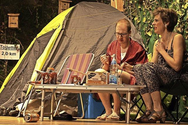 Spießige Camper und eine Gangsterbraut