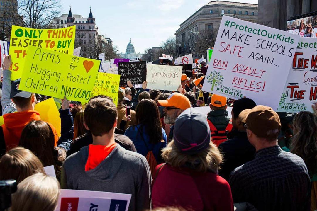 Deutliche Botschaften an die Politik: ...rieren vor dem Kapitol in Washington.     Foto: AFP