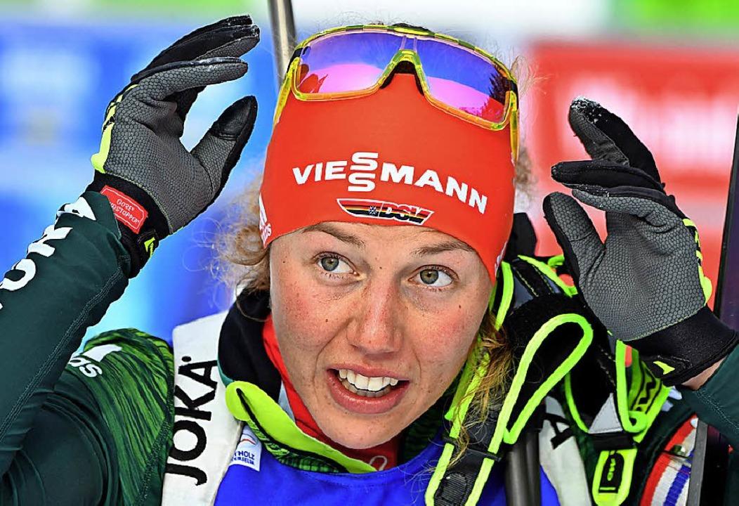 Ist froh, dass endlich Feierabend ist: Biathletin Laura Dahlmeier  | Foto: dpa