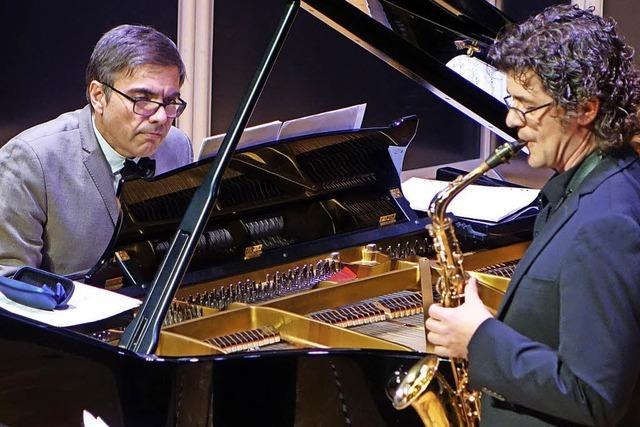 Stelldichein mit Klavier und Saxophon
