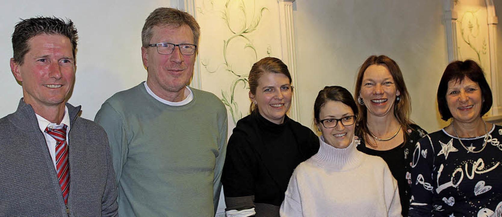 Sie leiten die Ötlinger Turn- und Spor...e Tudichum und  Hannelore Furtwängler   | Foto: Gessner