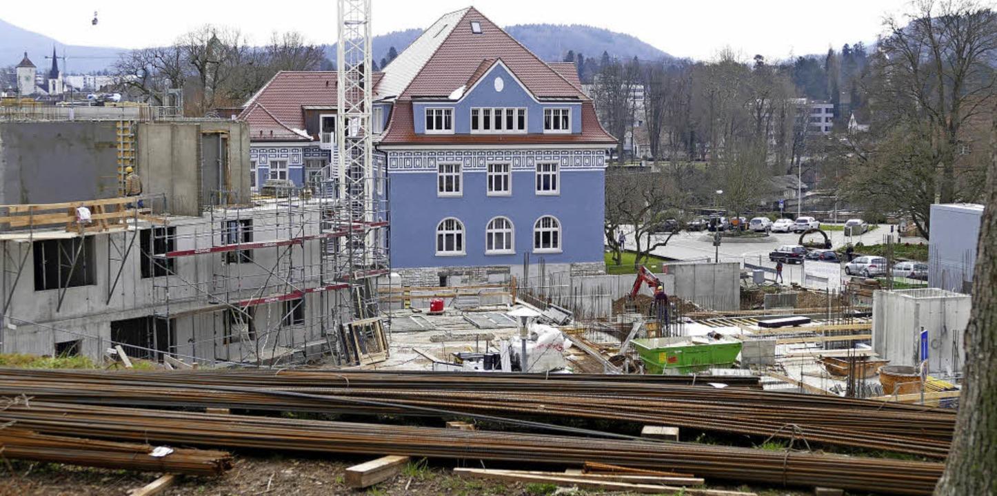 Aktuell laufen am Adelberg die Arbeiten im zweiten Bauabschnitt.     Foto: Ralf H. Dorweiler