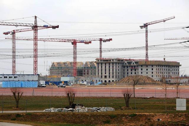 Bauarbeiter stürzt auf Europa-Park-Baustelle zwölf Meter von Gerüst