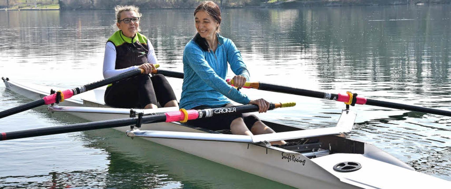 Erstmals im Ruderboot, die Ehefrau des...d) mit  Gunda Fink vom RC Rheinfelden   | Foto: Heinz Vollmar