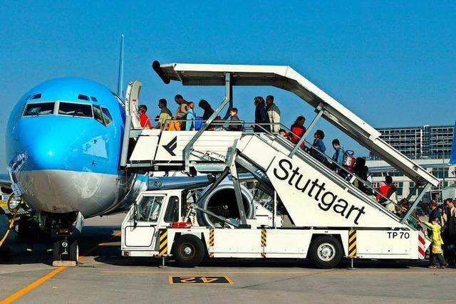 Nach Eklat um betrunkenen Co-Pilot saßen Passagiere drei Tage lang fest
