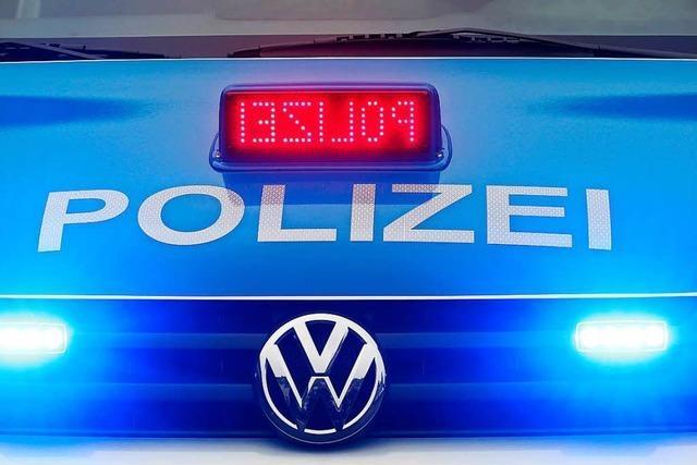 Autotransportanhänger in Wallbach gestohlen