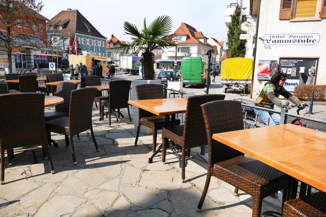 Auch der Lammplatz wird gastlicher. Ne...ntergarten zum Lammplatz hin bekommen.  | Foto: Hans-Peter Müller
