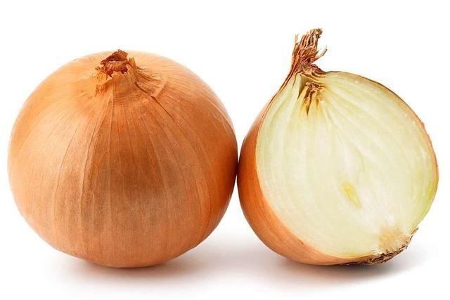 Ein scharfer Keimkiller: die Zwiebel
