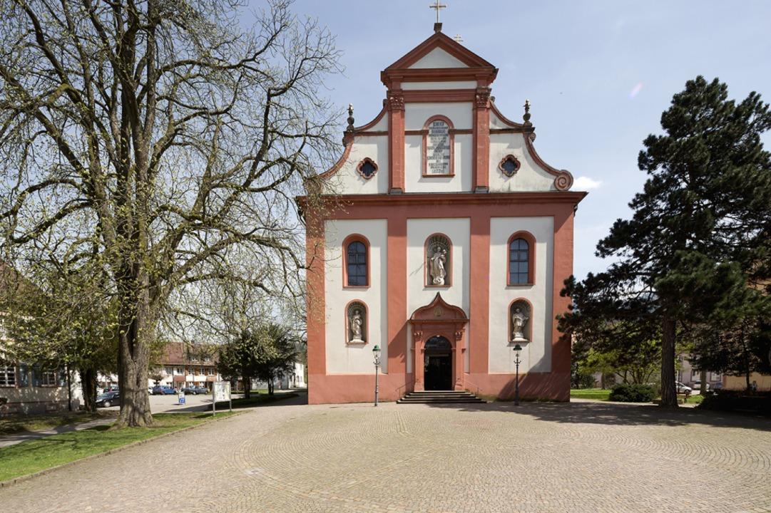 Die Stiftskirche St. Margarethen in Waldkirch gehört fest zum Stadtbild.  | Foto: Jürgen Gocke